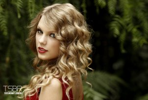 Taylor-Swift-taylor-swift-16433067-2560-1736